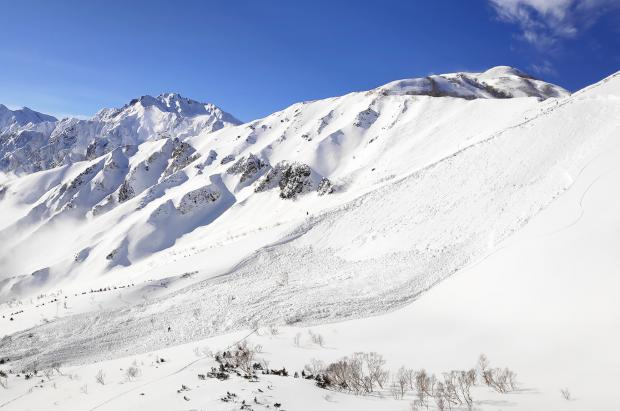 3 personas mueren en tres avalanchas en Japón en apenas una semana