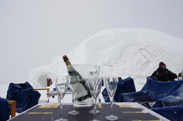 Saltate las colas de bajada con el hotel IGLU Grandvalira LOUNGE, by snowfood