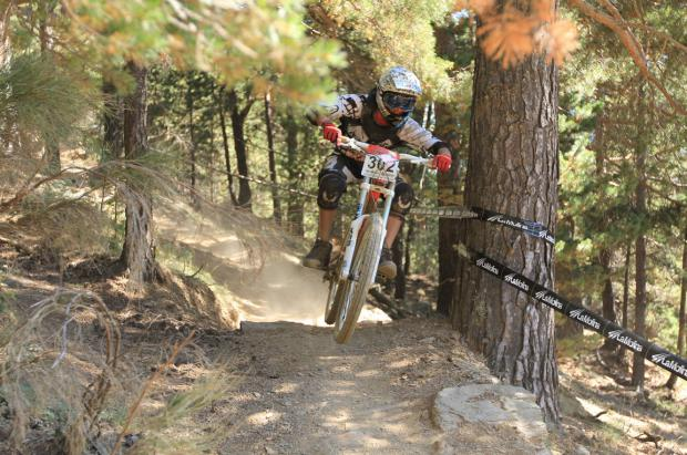Circuito de Mountain Bike en La Molina con ATOTESTIU2013 foto de presentación novedades del verano 2013 del grupo FGC