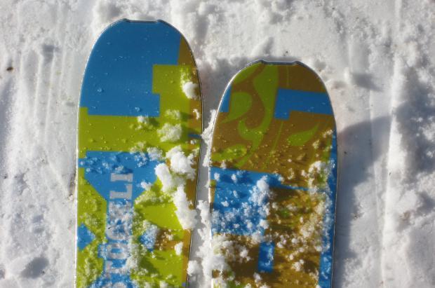 Esquís Stöckli sobre la nieve de Lenk