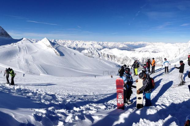 A lo largo del Valle de Zillertal exploraremos uno de los valles más extraordinarios y sorprendentes del Tirol austriaco.
