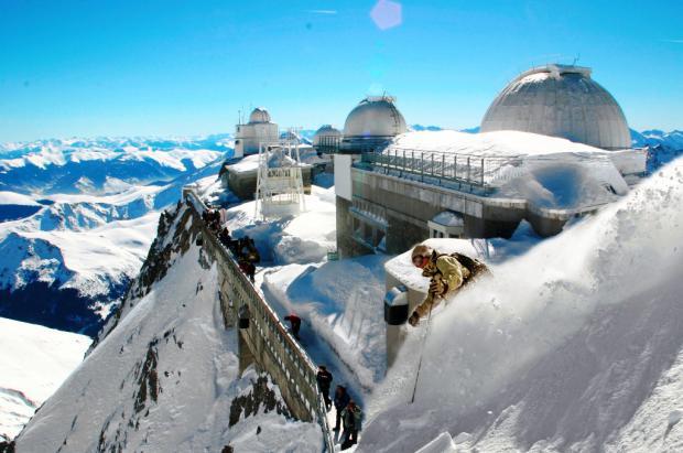Pic du Midi. Puro Freeride en los Pirineos. Crédito: Etchelecou