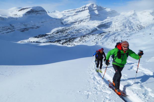 Guía básica para iniciarse en el esquí de montaña