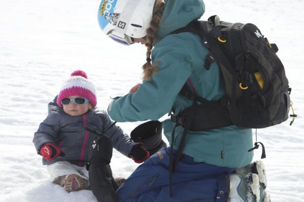 6 consejos para tener éxito en las salidas de invierno con tu bebé