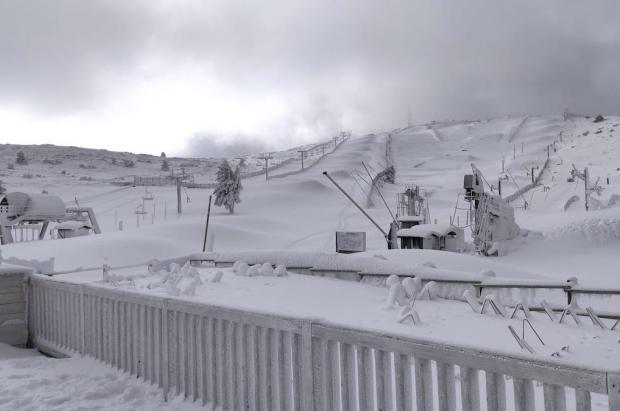 Las estaciones de esquí de Aragón no abrirán finalmente en Navidades