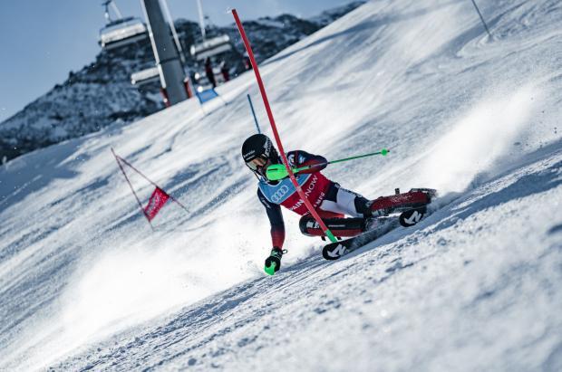 Los deportistas de invierno españoles empiezan el 2021 con multitud de Copas del Mundo FIS