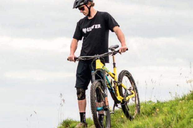 Julbo se pone las pilas en sus nuevas gafas para Mountain Bike