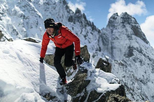 Kilian Jornet y sus aventuras en el Everest, más allá de récords o cronos