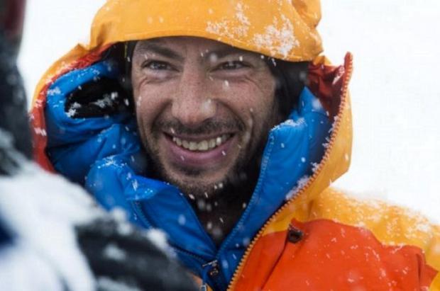 Vídeo de la simulación de la primera ascensión de Kilian Jornet al Everest