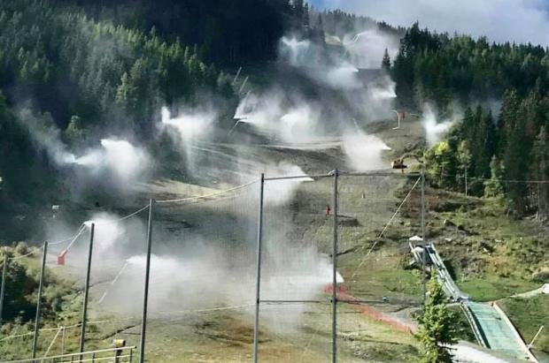 Francia se suma a Austria, Suiza y Andorra en querer el pasaporte Covid obligatorio para esquiar