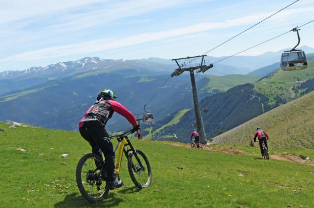 Ferrocarrils (FGC) se convierte en un gran motor para descubrir la montaña catalana este verano