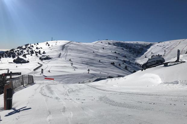 A la venta los forfaits de las 5 estaciones es esquí alpino de FGC con grandes descuentos y ventajas