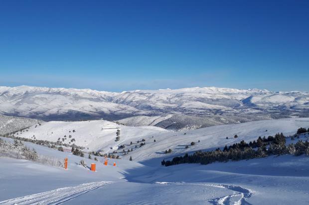 ¿Dónde esquiar este primer fin de semana de la temporada de esquí? Pistas y cm de nieve