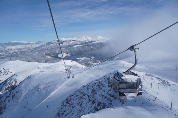 """¿Dónde esquiar este largo fin de semana?  """"Casi"""" todas las estaciones abiertas y con buena nieve"""