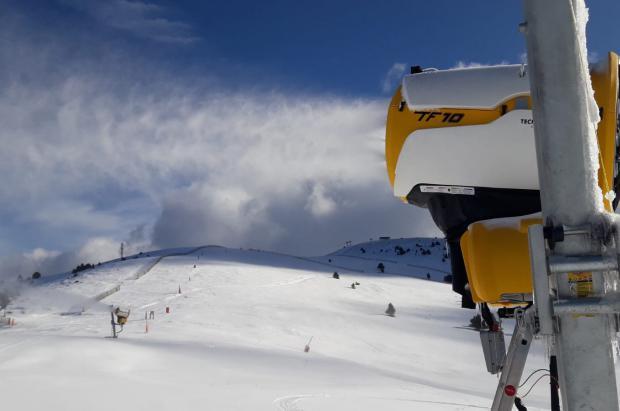 Las estaciones de esquí de Catalunya reabrirán este lunes