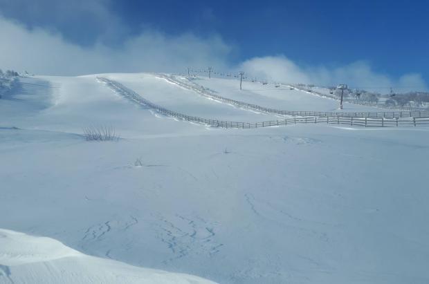 Leitariegos abre este martes la temporada de esquí