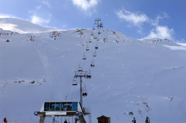 Leitariegos plantea un plan para aprovechar la estación todo el año y no depender del esquí