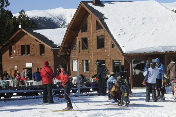 La estación de esquí nórdico de Lles de Cerdanya estrena un tramo de carretera nueva