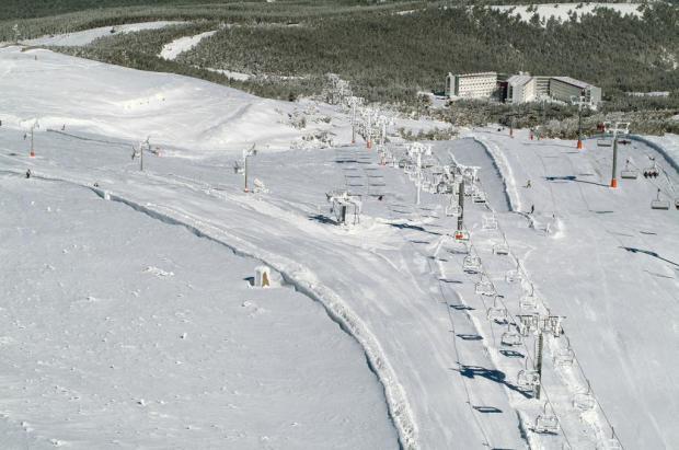 La estación de esquí de Manzaneda busca un nuevo gestor