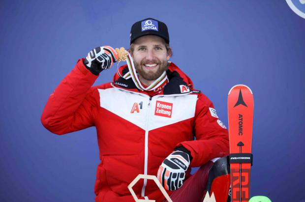 Marco Schwarz se adjudica su primer oro mundial en la Combinada de Cortina