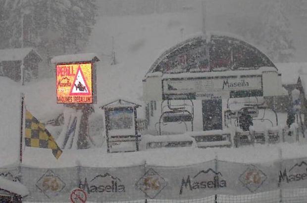 Si quieres esquiar este fin de semana aún puedes en 18 estaciones de la península y con mucha nieve