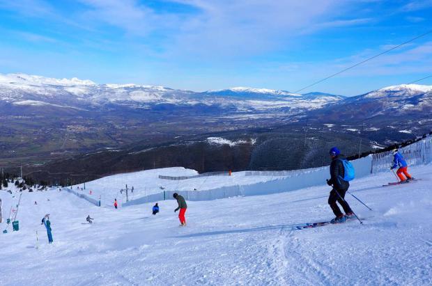 Masella suma 10.000 esquiadores en su primer fin de semana de apertura