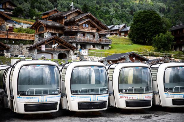Méribel vende en 10 minutos 115 cabinas en desuso por 500 euros cada una