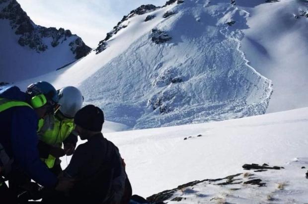 Una avalancha sepulta a un snowboarder que pudo ser salvado por sus amigos en el Capcir
