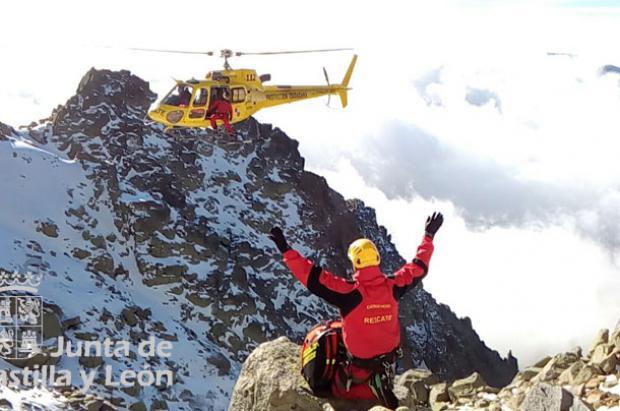 Un montañero murió en Gredos tras sufrir una caída en el pico Almanzor