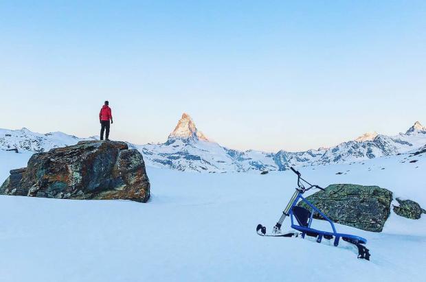 Una moto de nieve portátil eléctrica triunfa en Rusia y prepara el desembarco a nivel mundial