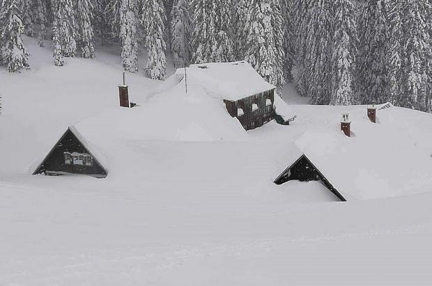 Dos nuevos muertos en Francia, tres más y un desaparecido en Austria en medio de avalanchas