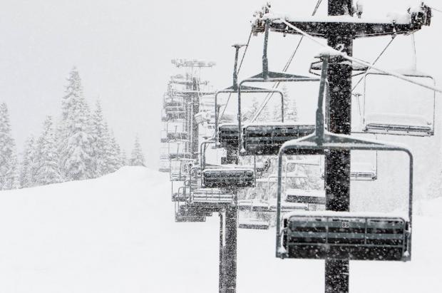 Nevadón con casi 2 metros de nieve en una semana y sigue. ¿Dónde?...en Whistler