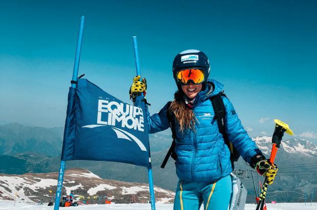 Núria Pau entrena en Les 2 Alpes con el Equipe Limone y la mente puesta en el Mundial