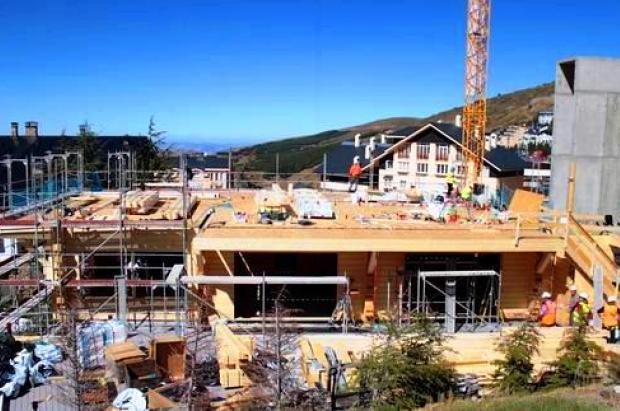 Reconstrucción del Hotel Lodge de Sierra Nevada
