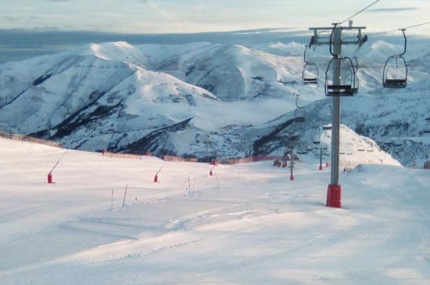Mala temporada para las estaciones de Asturias, que han perdido 33.000 días de esquí