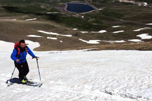 Palandöken en Turquía, a tocar del verano, abre algunas pistas de esquí