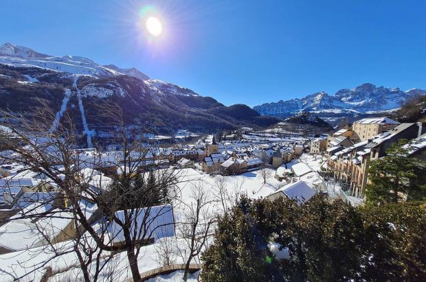 Aragón aprueba el plan de empleo para subvencionar a los trabajadores de la nieve