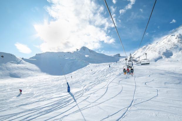 Grandvalira supera las expectativas de los esquiadores el primer día de la temporada