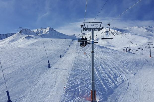Las nevadas disparan las reservas para febrero en Andorra, muchos hoteles rozan el completo
