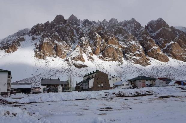 El icónico centro de esquí mendocino de Penitentes languidece en medio del abandono