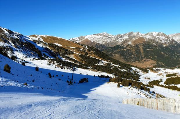 El esquiador andorrano que sufrió un grave accidente en Grandvalira deja la UCI