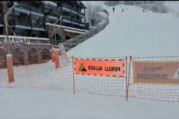 """Vallnord cierra los circuitos de """"skimo"""" de Arinsal por riesgo de aludes y algunos esquiadores hacen caso omiso"""