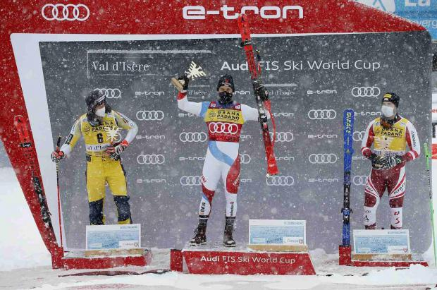 Caviezel y Bassino ganan el Super G masculino y el gigante femenino en Val d'Isère y Courchevel