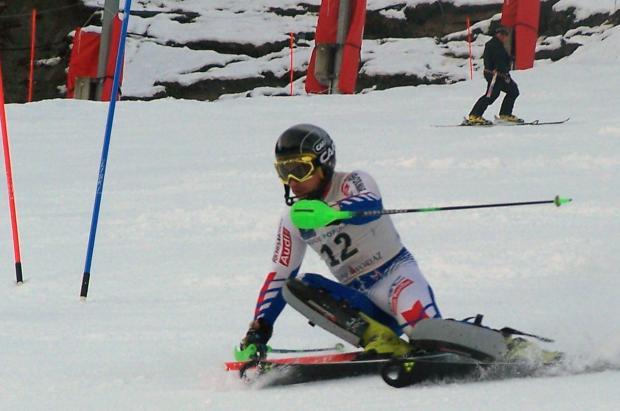 Pol Carreras debutará mañana en el slalom de la Copa del Mundo de Adelboden