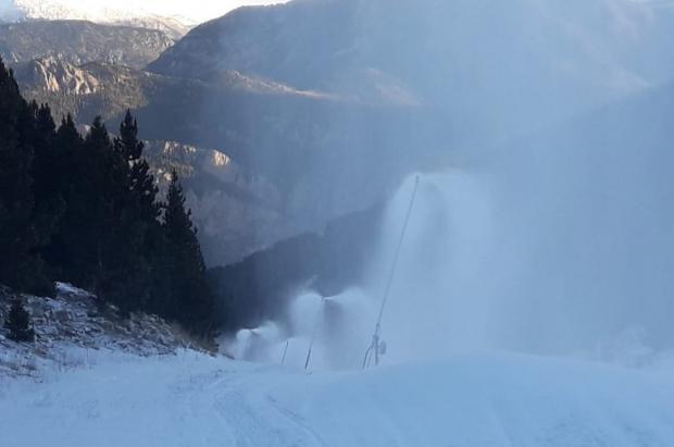 """Las estaciones """"se plantean"""" acoger mítines electorales para atraer esquiadores"""