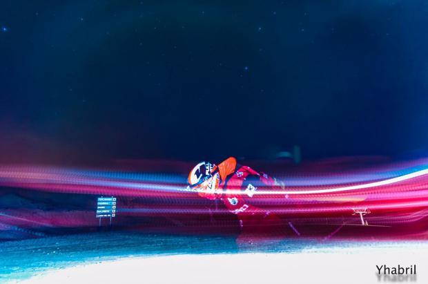 Récord del mundo de esquí en Astún, 24 horas esquiando y más de 81 kilómetros verticales