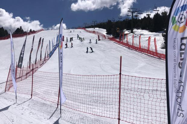 La Molina Club d'Esports, flamante club ganador Copa España Audi U16/U14 de esquí alpino