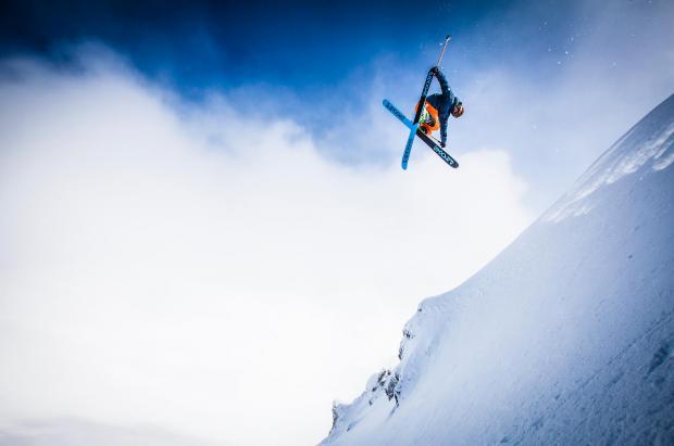 """Empieza el """"Santa Tere"""" en El Colorado: El campeonato de ski fuera pista más importante del Hemisferio Sur"""