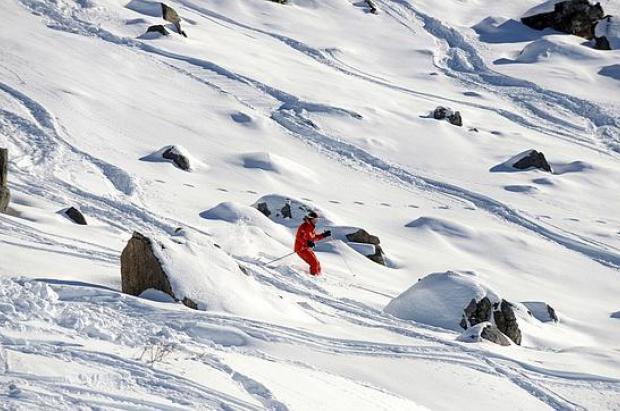 El vídeo revela que Schumacher esquiaba a una 'velocidad normal'