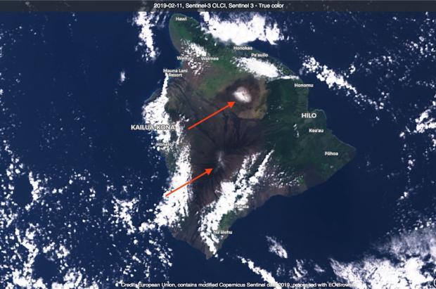 Olas de 18 metros, vientos de 300 km/h y NIEVE...en las islas de Hawaii